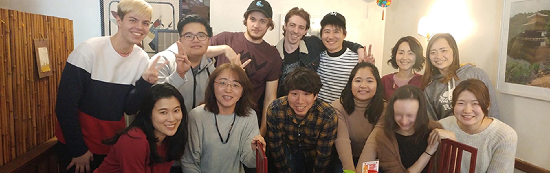カナダ人と日本人学生の交流会開催しています!